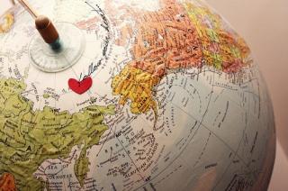 cute-follow-your-heart-globe-love-world-Favim.com-90195